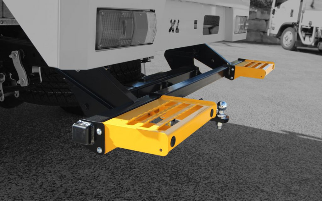 Smart Bar Rear Steps with Towbar Integration